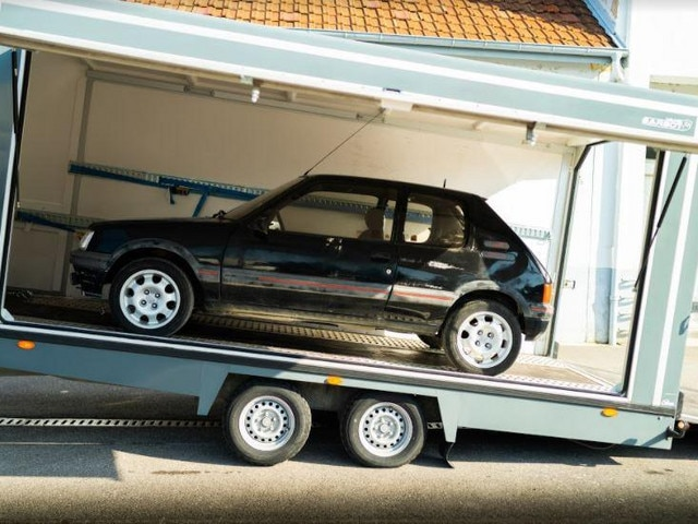Peugeot 205 GTi (1)