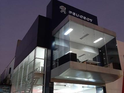 Astra Peugeot Surabaya