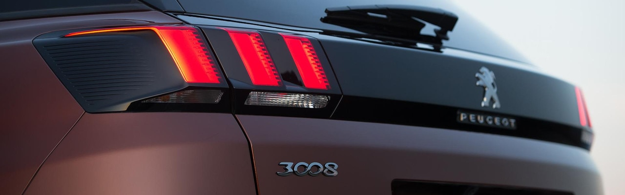 /image/84/1/peugeot-3008-suv-claw-style-rear-lights.409841.jpg
